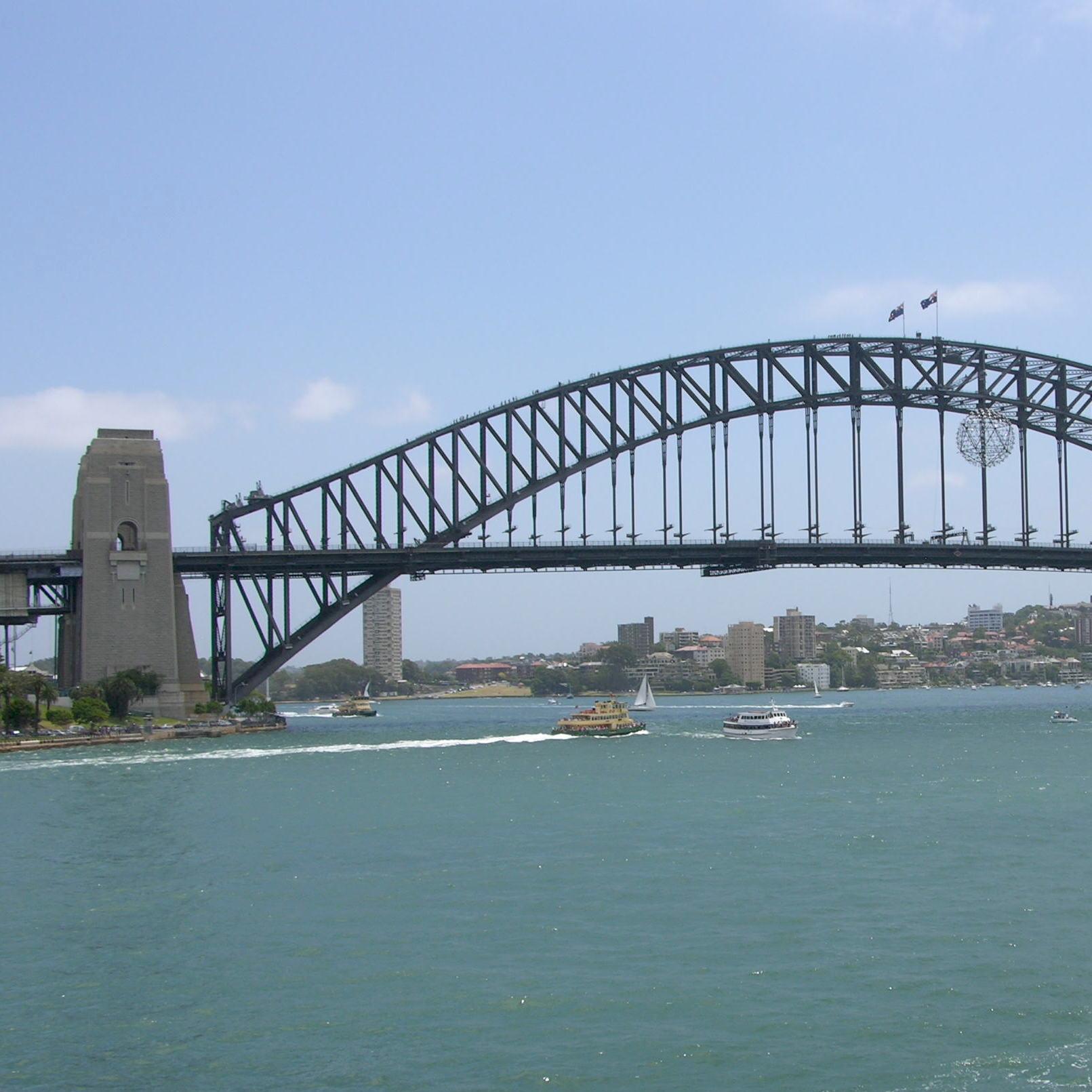 Sydney 2/3